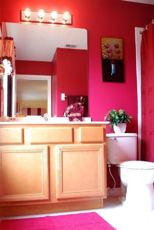 Master Bedroom 2 Bathroom