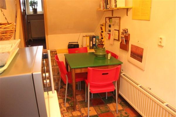 kitchen, small but very cozy, 4 p.