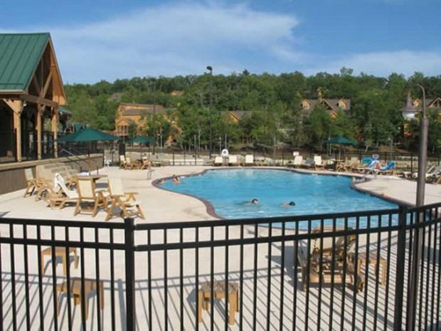 The pool and playground is only 200 steps from the cabin.