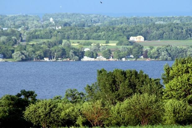 Beautiful Lake Views at Cobtree