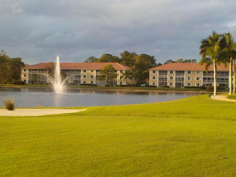 Royal Wood Golf and Country Club-Amberly Village