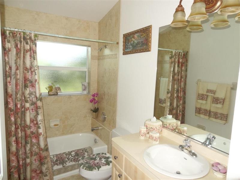 Secant bathroom