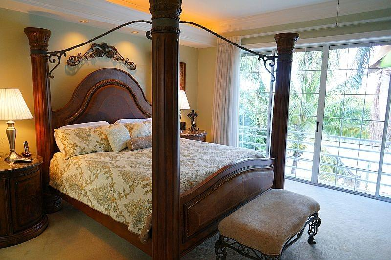 Master bedroom, King bed, with over-sized, walk-in, closet