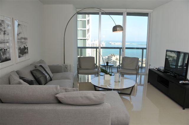 TripAdvisor - Icon Brickell / W Hotel residences - 1 bedroom