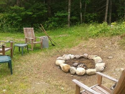 Outdoor Fire Circle to relax and share the days stories (fishing tales extra)
