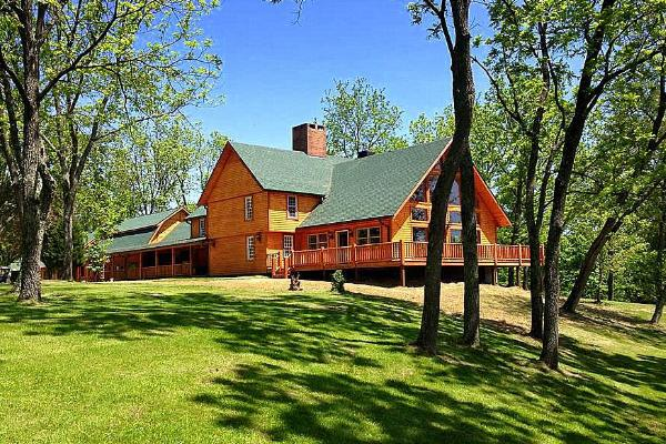 THE WESTERN LODGE