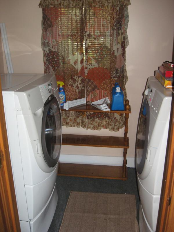 Washer & Dryer, Free !!!