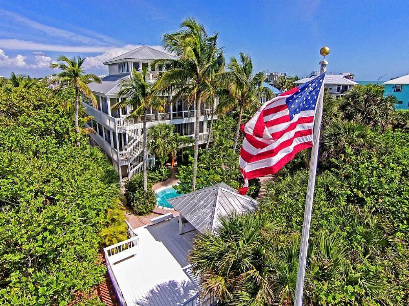 luxe 4 étages maison de plage vraiment sur le golfe du Mexique avec piscine chauffée et chemin privé à la plage