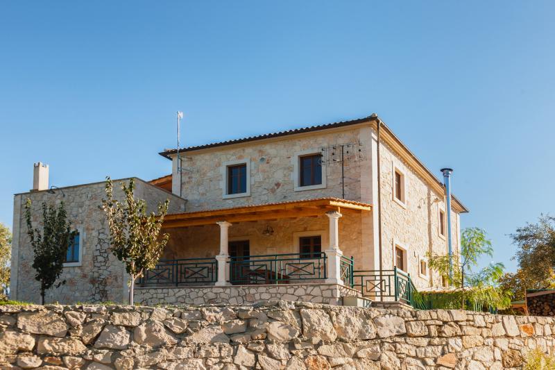 Villa Ampeli