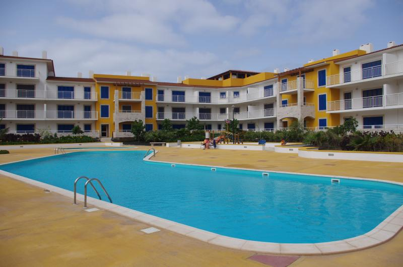 Ground floor 1 bed apartment with pool view, holiday rental in Morro