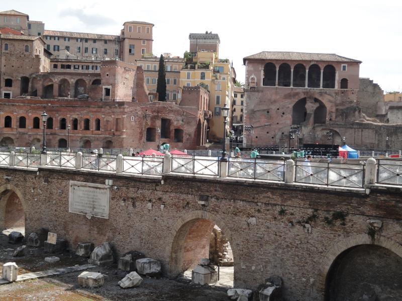 Dintorni-  Foro di Traiano