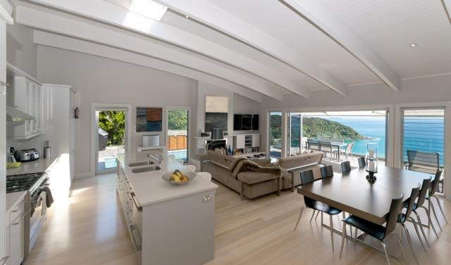 Cloud 9 - Luxury villa with breathtaking views over Long Beach Russell, holiday rental in Rawhiti