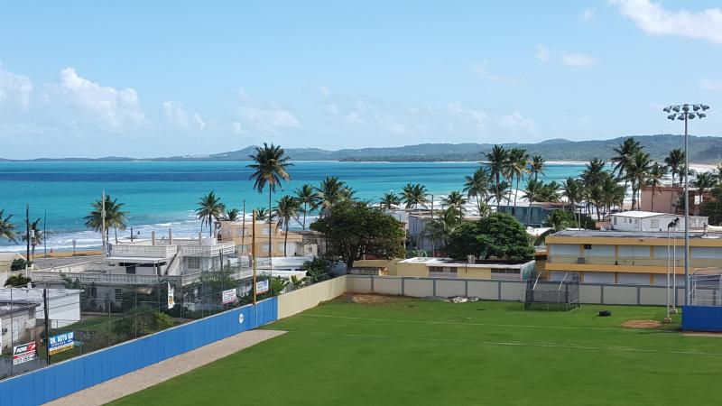 Apartment near Luquillo Beach - Dolphin Tower, holiday rental in Luquillo