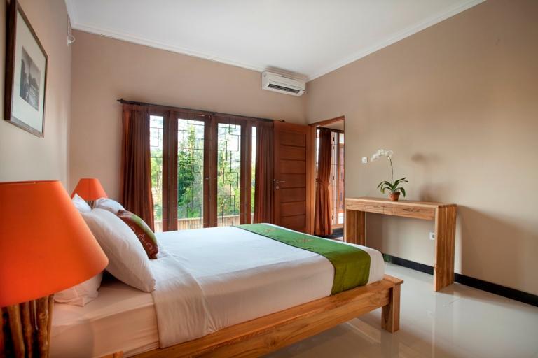 Deluxe habitación con amplio colchón de 160 x 200, tamaño de la sala de 27m 2 con baño privado
