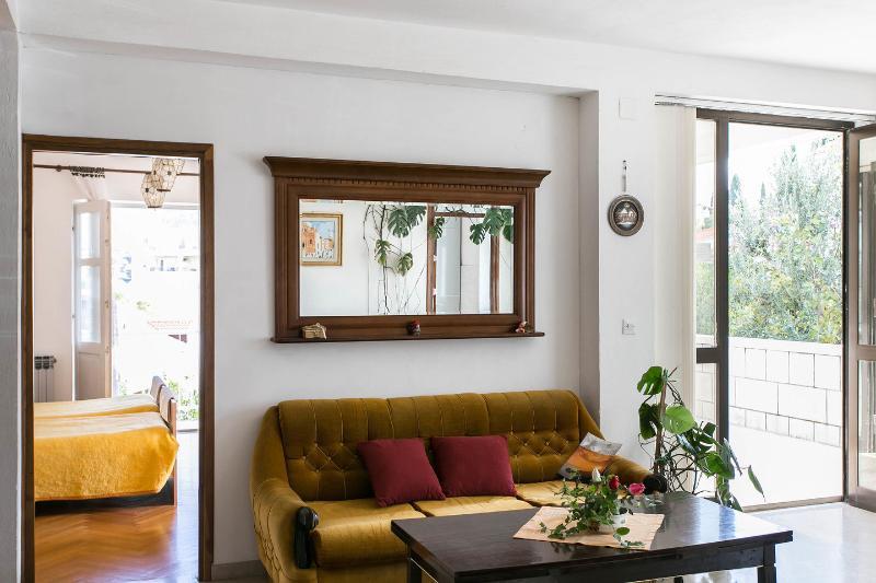 Bedroom / Living room / Terrace