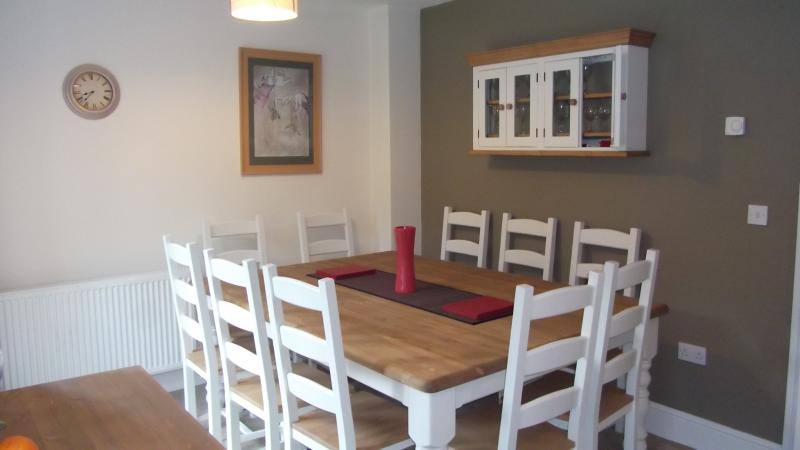Large dining table - seats 10