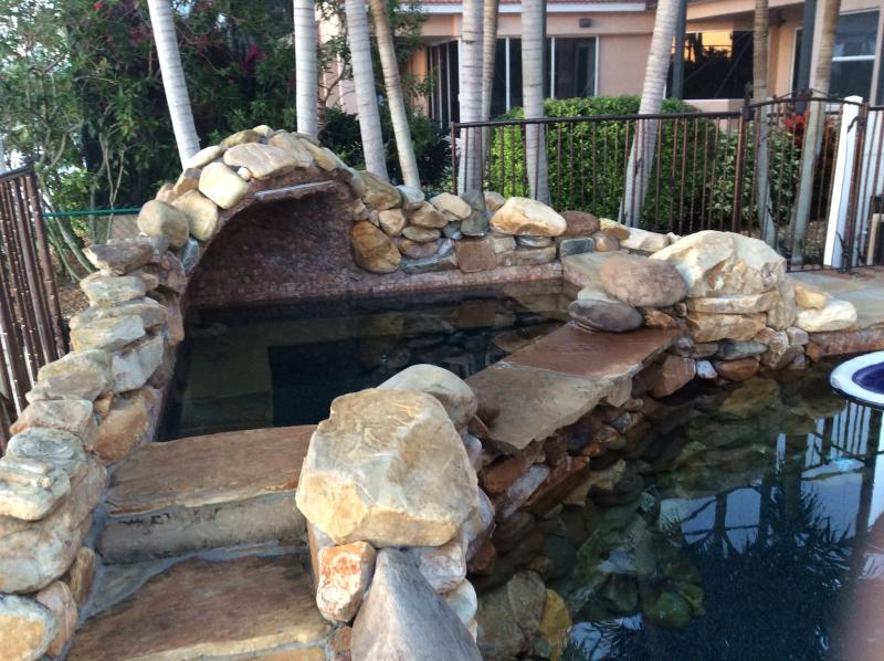 Heated Spa Tub adjoining pool