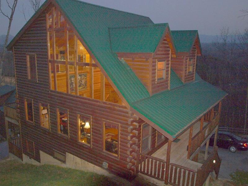 Corner Lot. All Wood Interior. Soaring Ceilings. Wall of Windows.