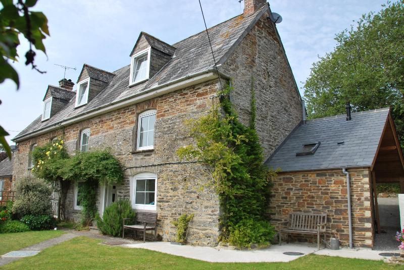 Lanvean Farm House