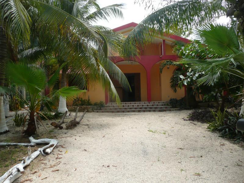 Front view Casa Moringa-