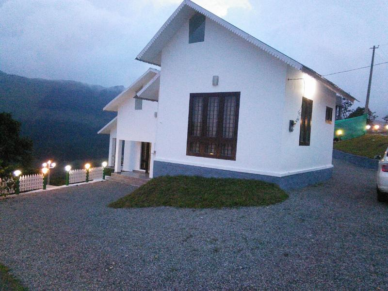 PINE VIEW HOME STAY VAGAMON, vacation rental in Kanchiyar