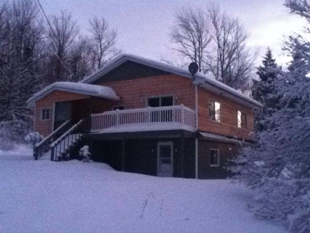 Ski Chalet 5 min to mount Owl's Head, holiday rental in Bolton-Est