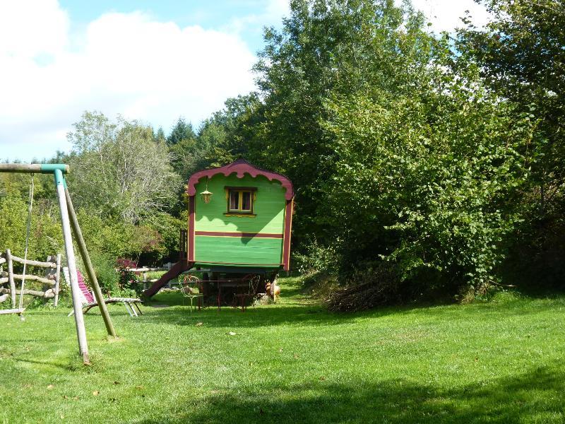 la roulotte des étoiles, holiday rental in Saint-Igny-de-Vers