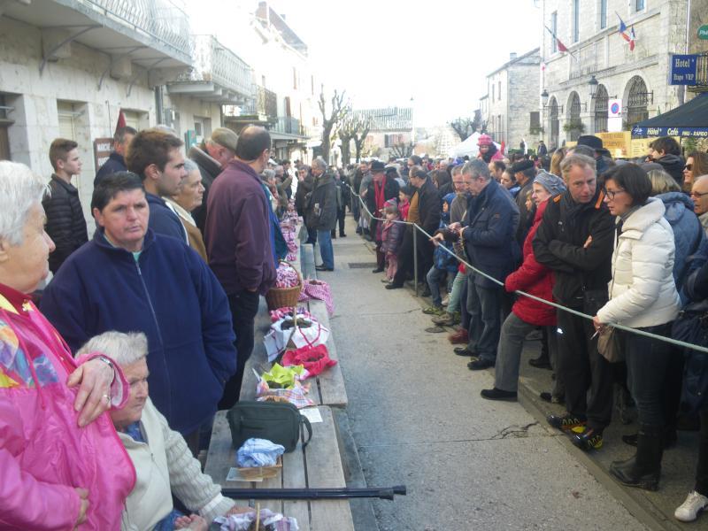 marché aux truffes à Lalbenque (le mardi de decembre à mars)