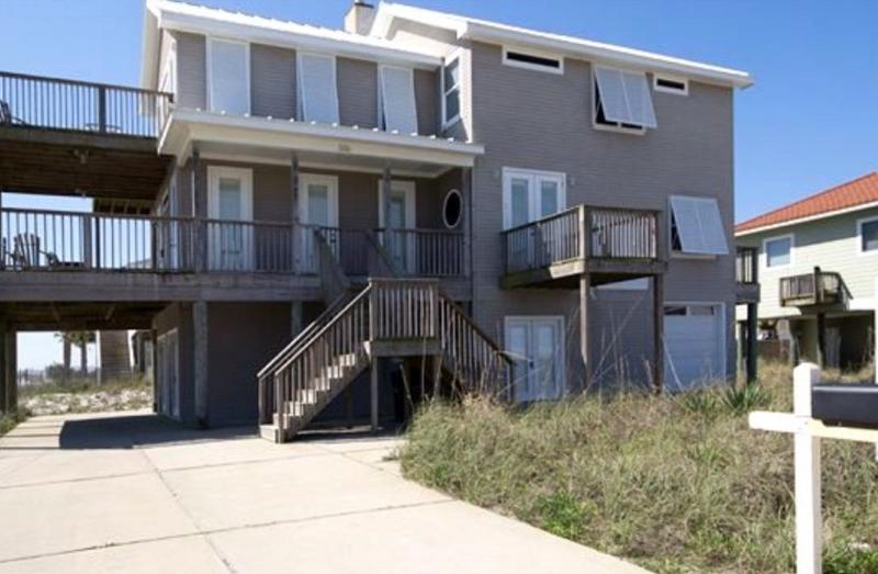 Island luxury on Pensacola Beach - dog friendly with additional studio available