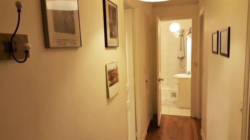 couloir + salle de douche