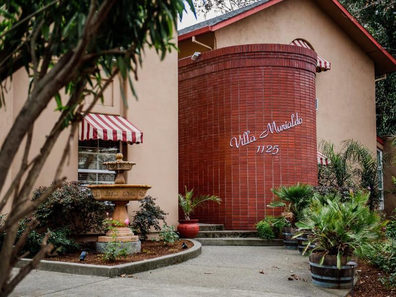 Entry to Villa Murialdo