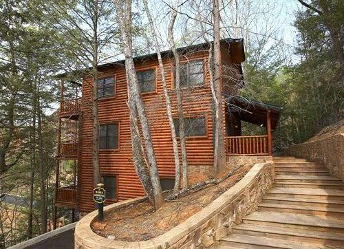 Lodge at Gatlinburg Falls-Views of Great Smoky Mtn, alquiler de vacaciones en Gatlinburg