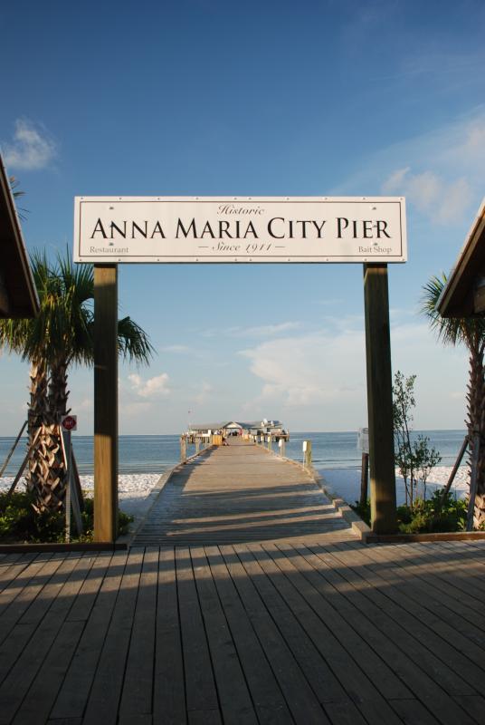Anna Maria Pier