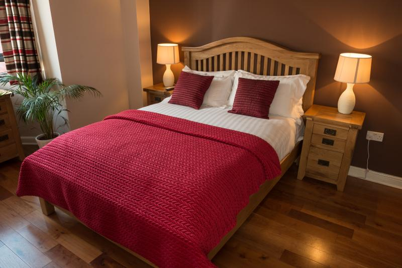 The Ruby Suite, Luxury Apartment Birmingham UK, Ferienwohnung in Birmingham