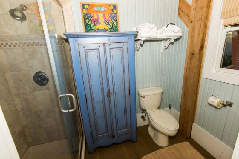 Toilet,Bathroom,Indoors,Banister,Handrail