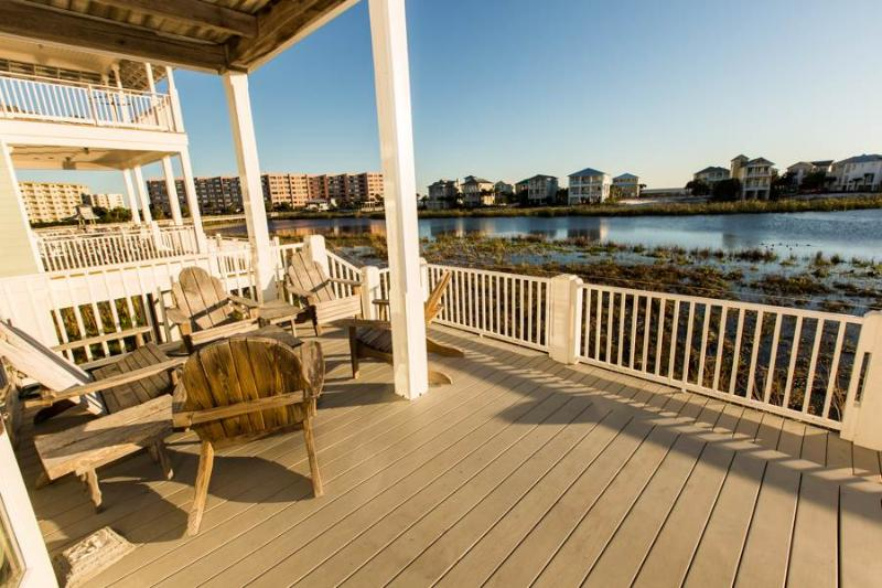 Bench,Deck,Porch,Boardwalk,Path