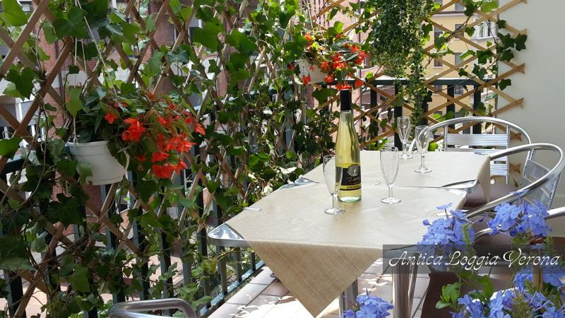 Antica Loggia Apartment, holiday rental in Verona