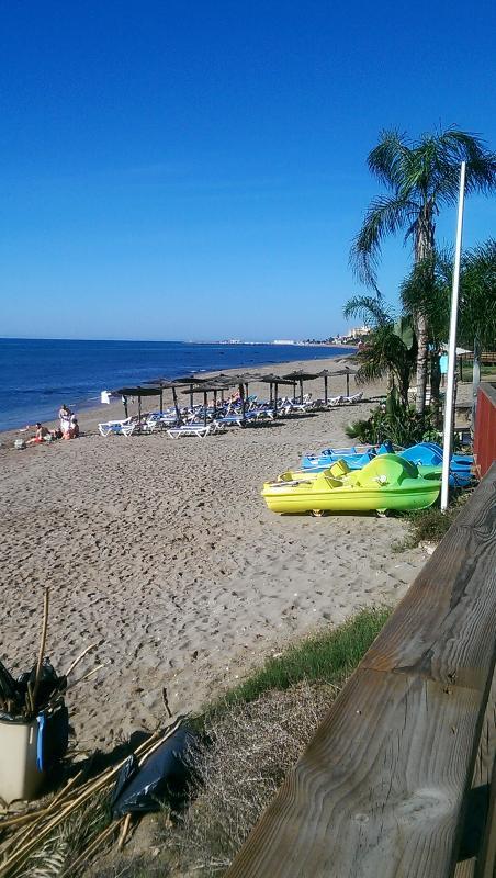 Royal Beach beach bar with water activities