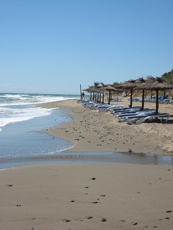 Beach in front of El Capricho