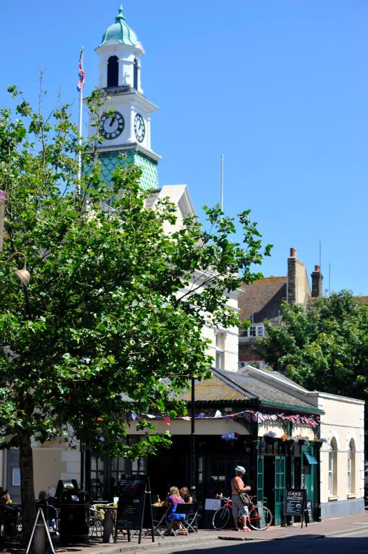Tea stall, Old Town, Clock - credit Thanet Tourism
