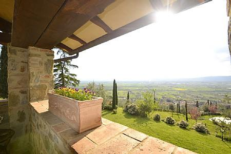 Monistero Saccione Villa Sleeps 3 with Pool - 5229114, holiday rental in Vitiano