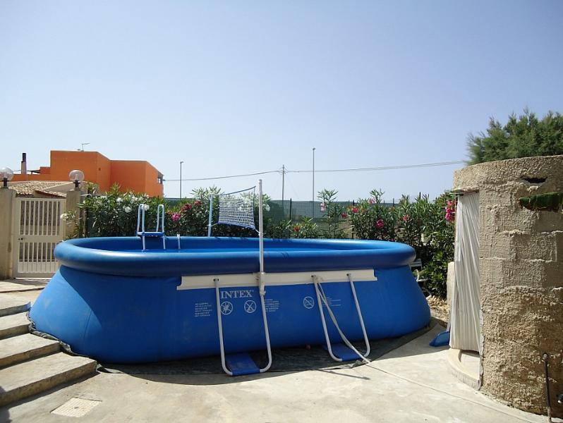Santa Maria del Focallo Villa Sleeps 6 with Pool - 5229286, location de vacances à Ispica