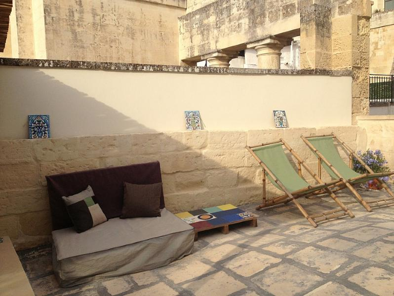 Lecce Apartment Sleeps 4 with Air Con and WiFi - 5229332, vacation rental in Giorgilorio