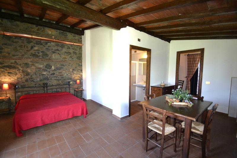 Casa Pausania E, holiday rental in Aprilia