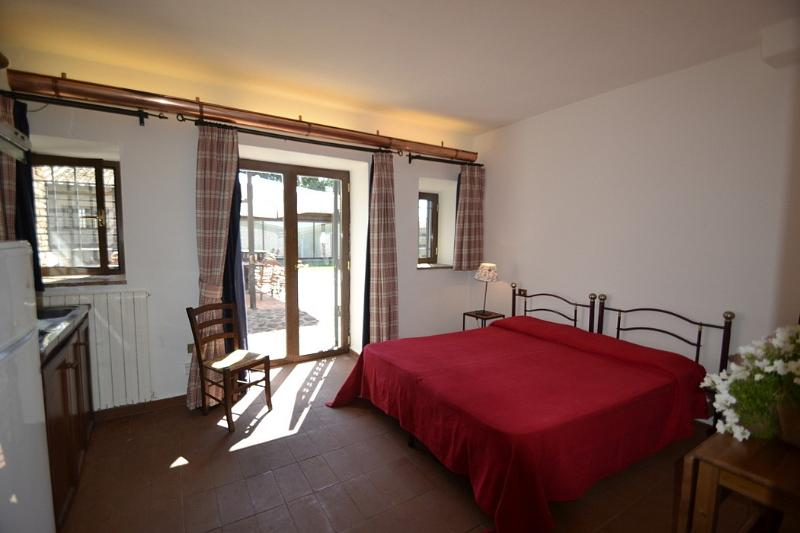 Casa Pausania F, vacation rental in Cisterna di Latina