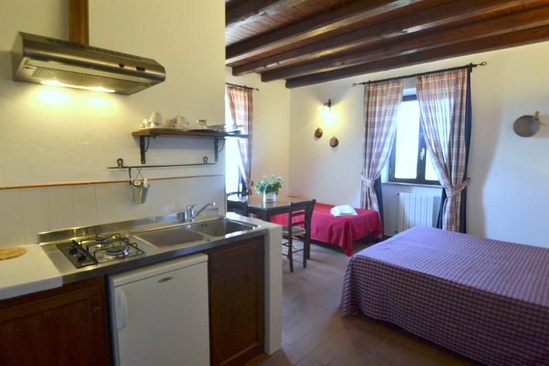 Casa Pausania I, holiday rental in Aprilia