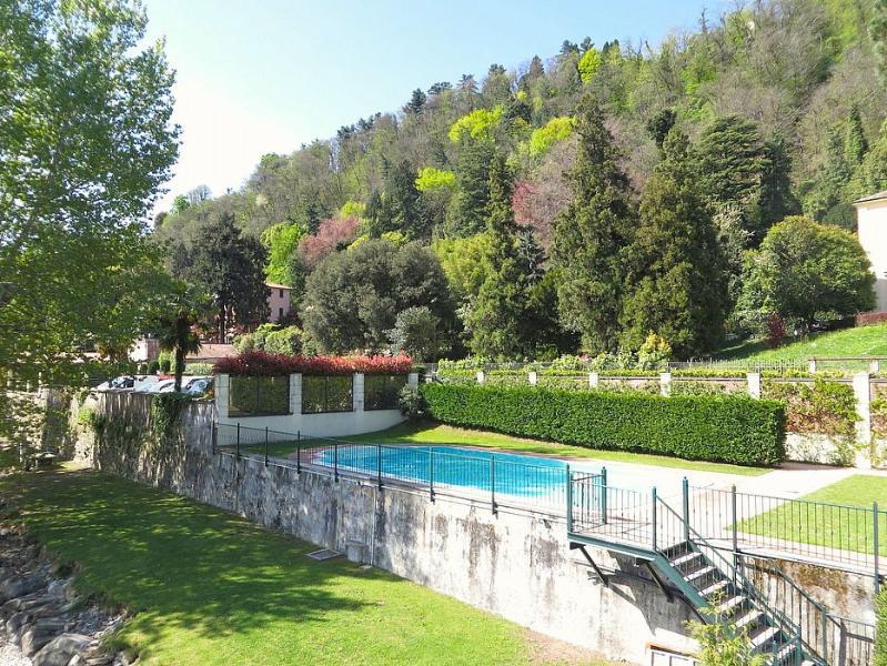 Villa Diaspro B, Ferienwohnung in Meina