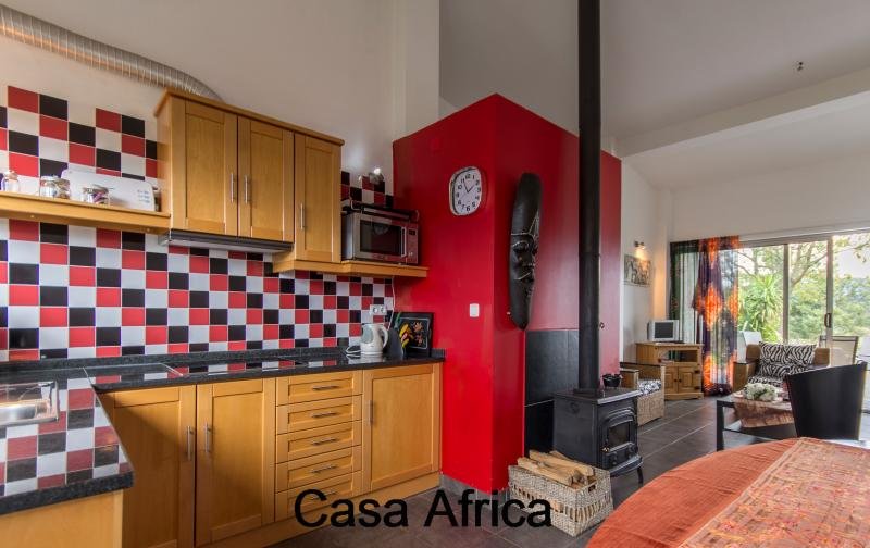 well equipped kitchen casa Africa