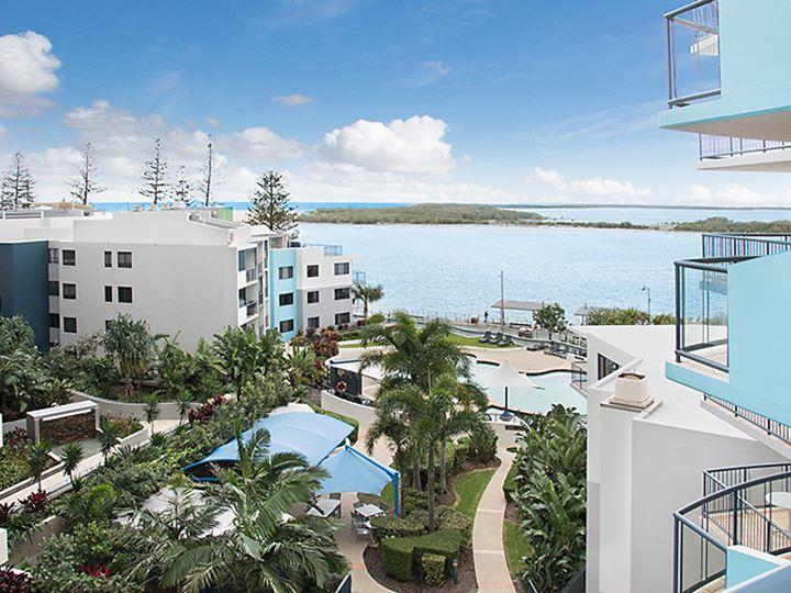 8th Floor Views with Exotic Charm, vacation rental in Caloundra