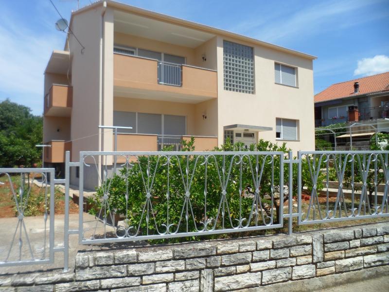 Apartment in center of Bibinje, holiday rental in Bibinje